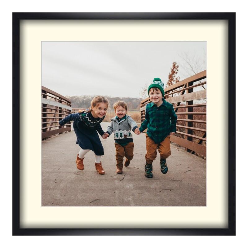Foto im Holzbilderrahmen in schwarz im Format 18 x 13 cm