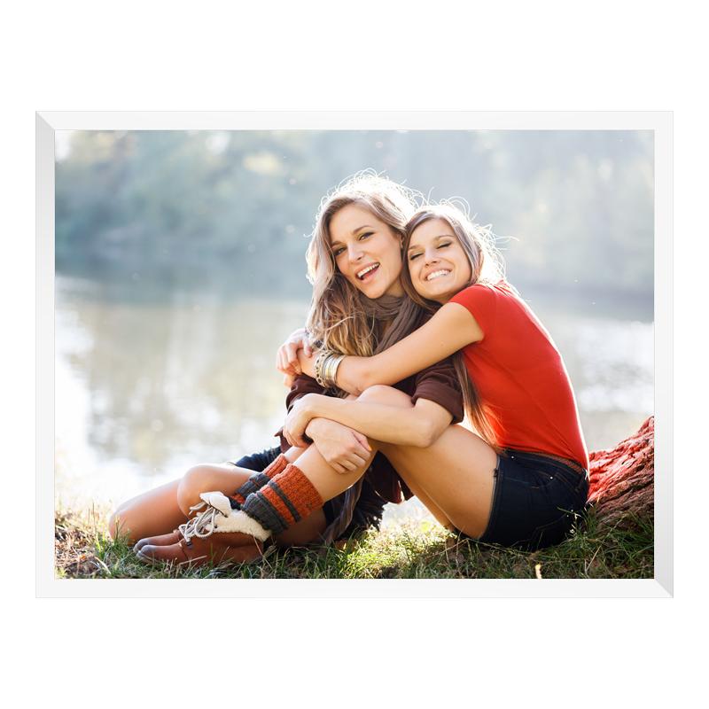 Foto im Holzbilderrahmen in weiß im Format 100 ...
