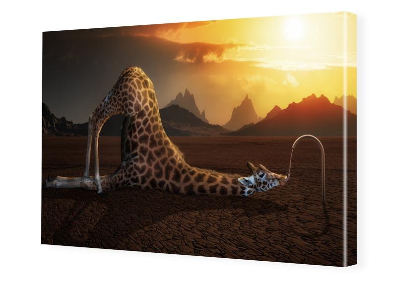 surreales Giraffen Motiv Leinwand drucken im Fo...