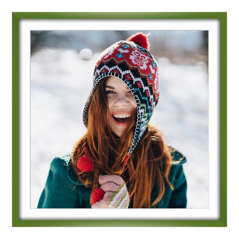 Foto im Holzbilderrahmen in grün im Format 50 x...