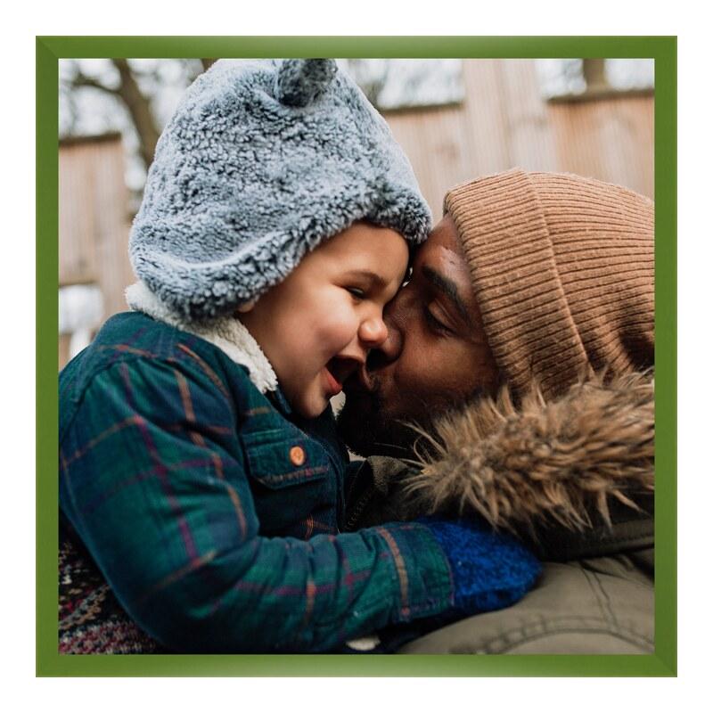 Foto im Holzbilderrahmen in grün im Format 30 x...